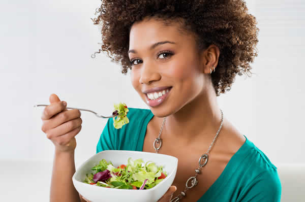 girl eating healthy
